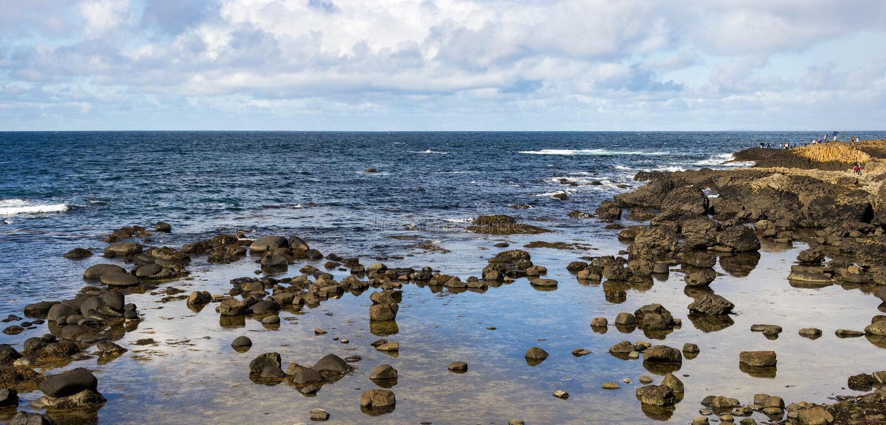 Bucht riesiger ` s Dammes, Nordirland stockfotos