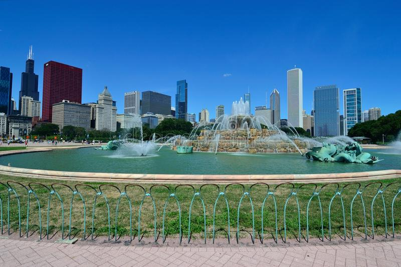 Download Buckingham Fountain Chicago Editorial Photography - Image of loop, illinois: 20831297