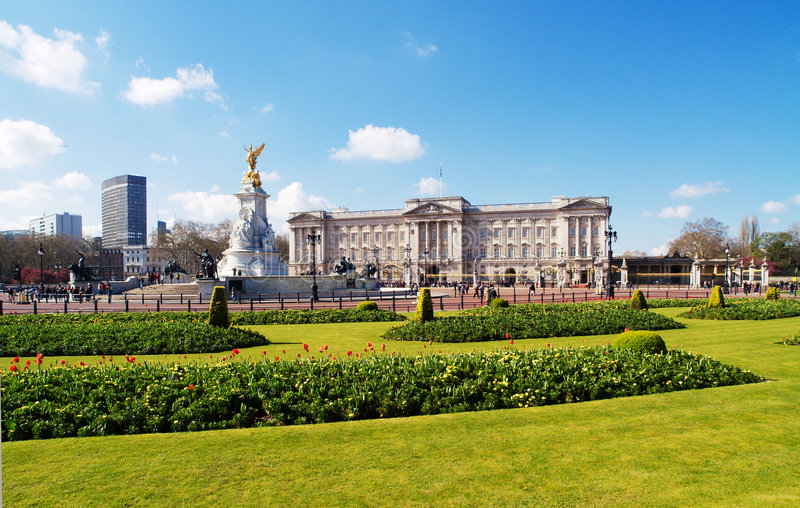 Buckingham palace. And surrounding gardens in a sunny day stock photography