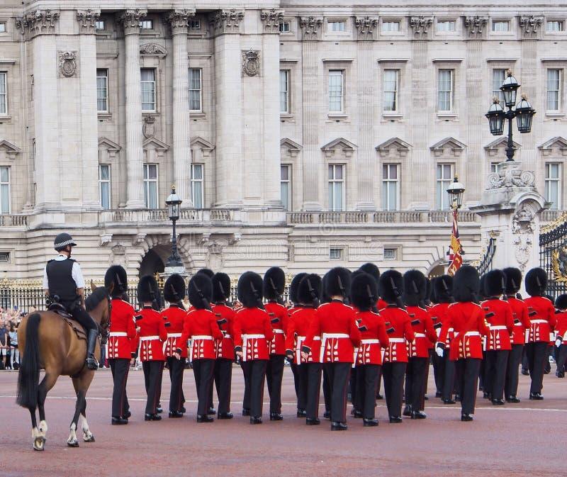 Buckingham Palace, cambio del guardia foto de archivo libre de regalías