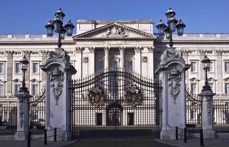 Buckingham Palace. Fachada fotografía de archivo libre de regalías