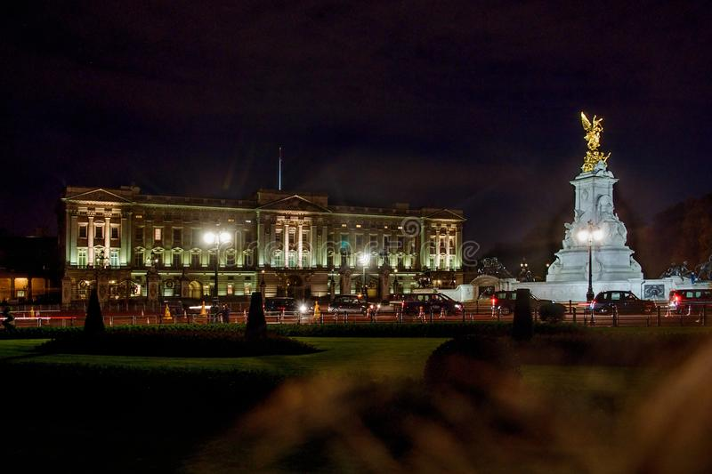 Buckingham Palace i London, Storbritannien arkivfoto