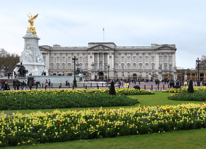 Buckingham Palace In Spring Stock Photos