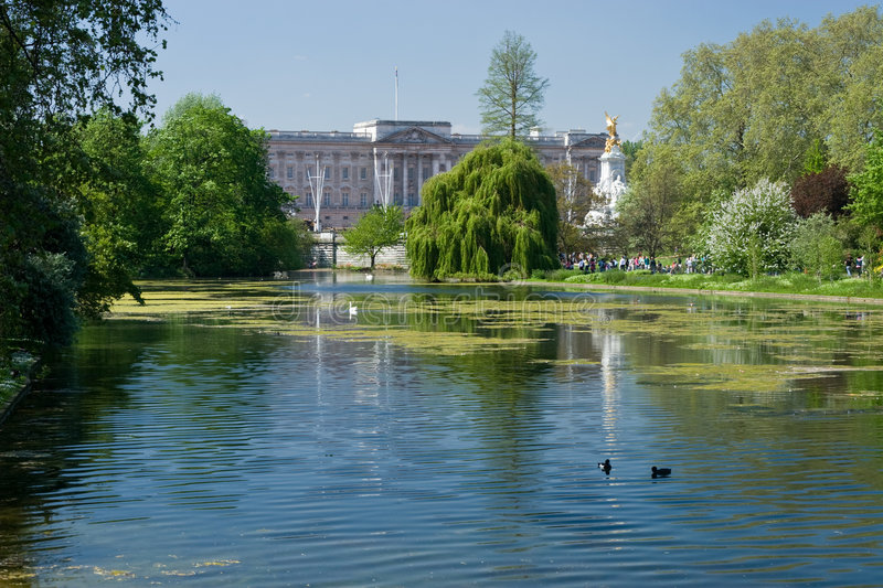 Buckingham Palace and St James Park royalty free stock photos