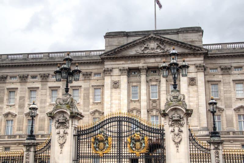 Download Buckingham Palace W Londyn, UK Zdjęcie Stock - Obraz złożonej z królewski, britain: 53777946