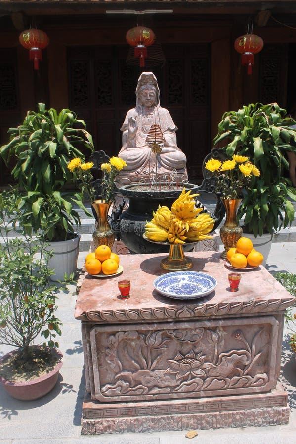 Buda. Budism altar Vietname royalty free stock photos