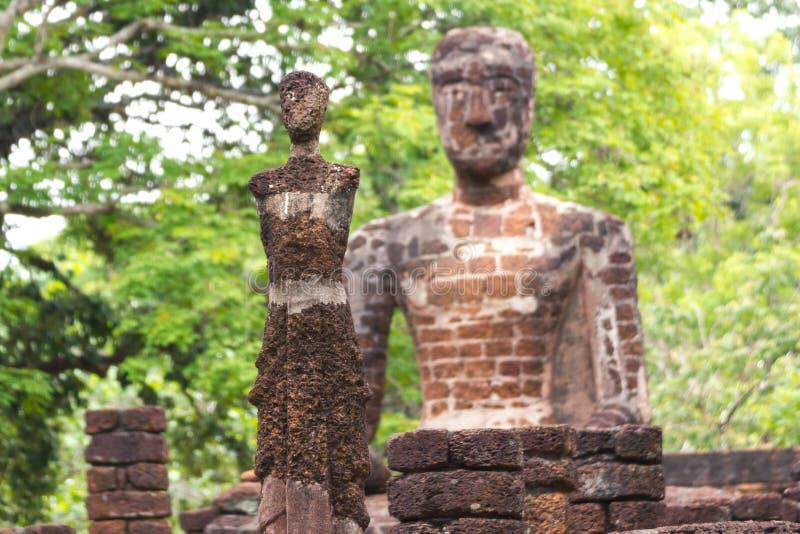 Buda de assento - um templo em Kamphaeng Phet Tailândia imagens de stock royalty free
