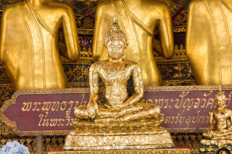 A Buda dourada é bonita que adoração dos budistas imagem de stock royalty free