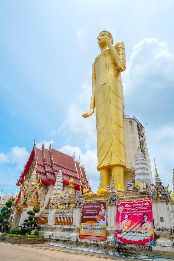 A Buda dourada gigante, budismo, Tailândia fotos de stock
