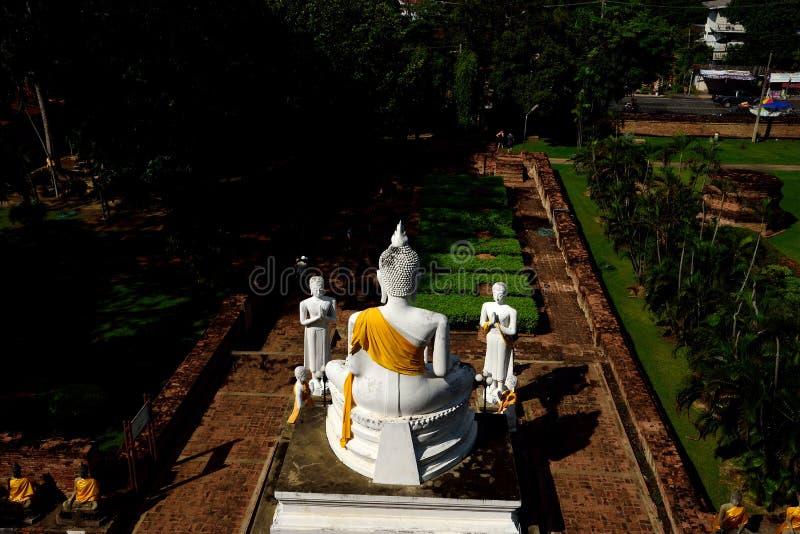Buda e seguidores imagens de stock royalty free