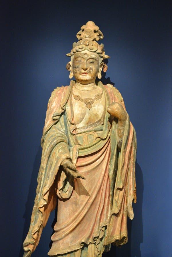 Buda en la posición permanente de la meditación imagenes de archivo