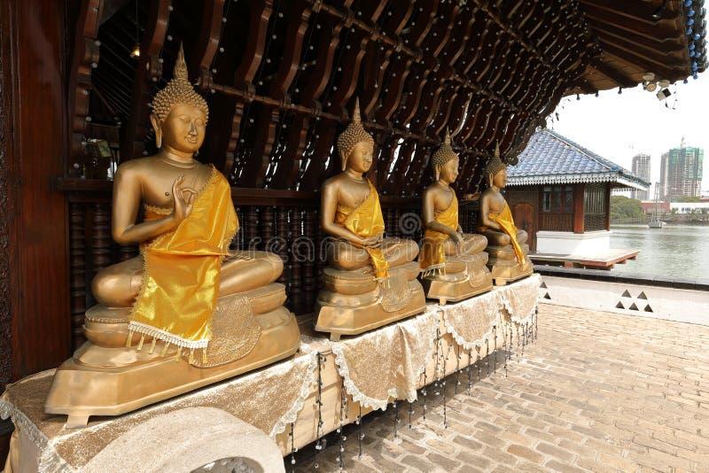 A Buda figura no templo de Seema Malaka de Colombo em Sri Lanka fotos de stock royalty free
