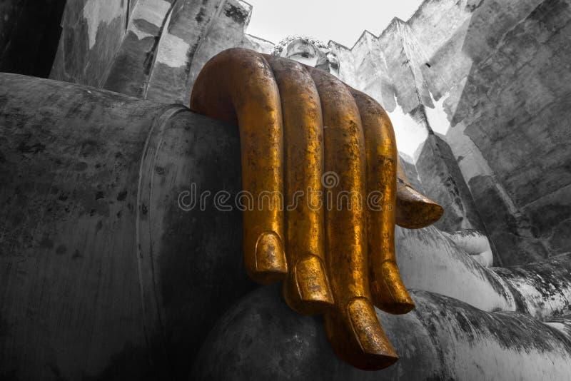 A Buda grande é a arte de Sukhothai Tailândia foto de stock