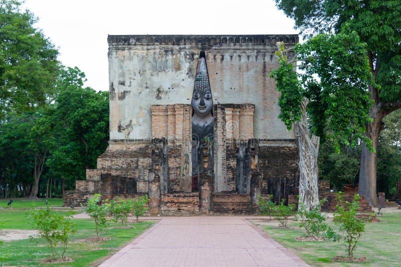 Buda grande de Sukhothai Tailândia a largura de 11 30 medidores, 15 medidores de altura, são a arte de Sukhothai construíram do S foto de stock royalty free
