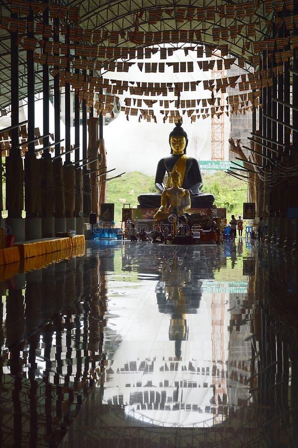 Buda na reflexão fotos de stock