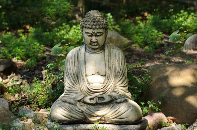 Buda, o fundador da religião budista, e seus ensinos fotos de stock royalty free