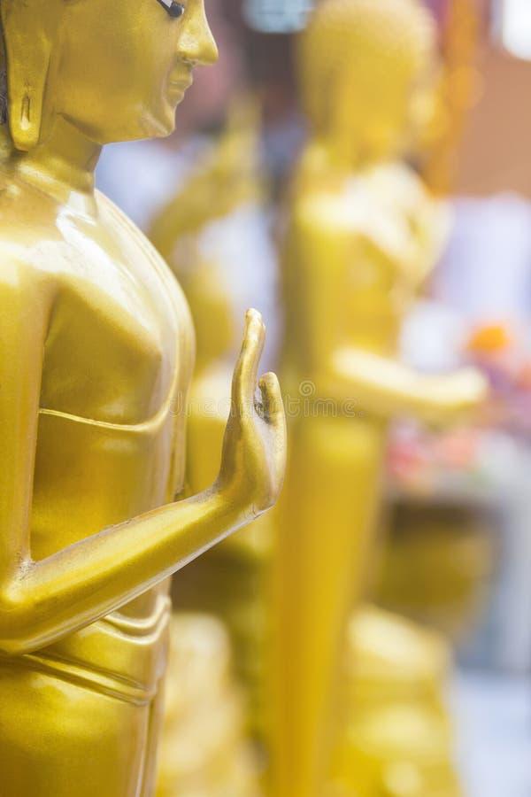 Buda Statue& x27; mão de s da meditação e da bênção fotografia de stock royalty free