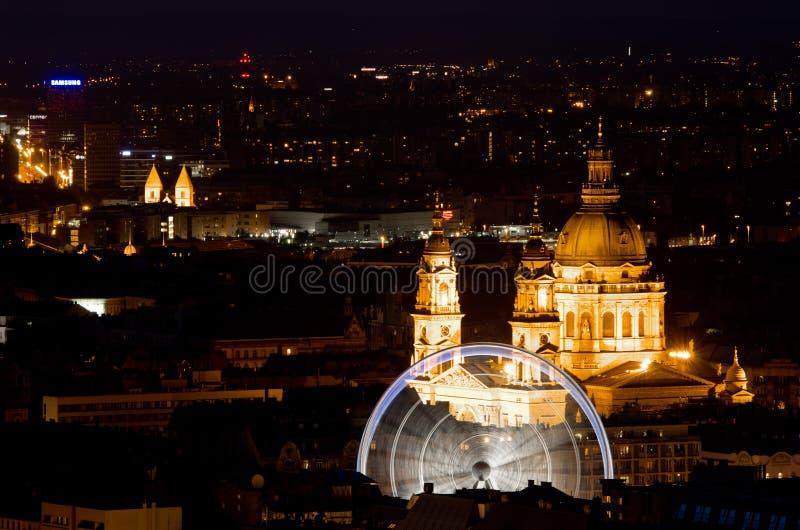 Budapest öga och Sten Stephen Basilica royaltyfria bilder