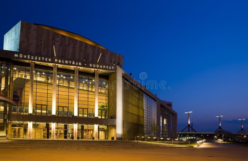 Download Budapest image stock. Image du crépuscule, moderne, sunset - 8652743