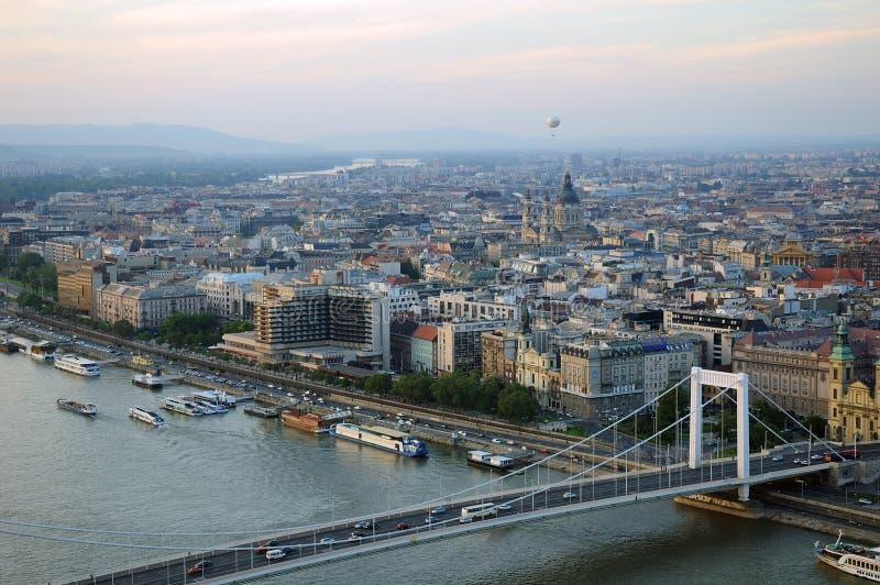 Budapest al crepuscolo immagini stock libere da diritti