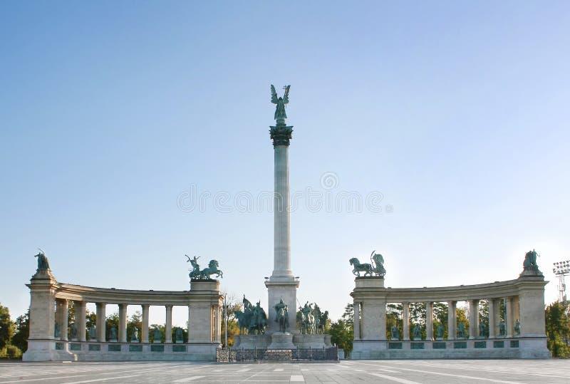 Budapest cuadrada del héroe fotografía de archivo libre de regalías
