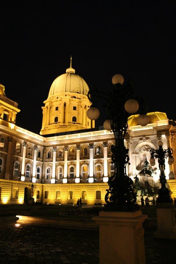 Budapest en soirée photo stock