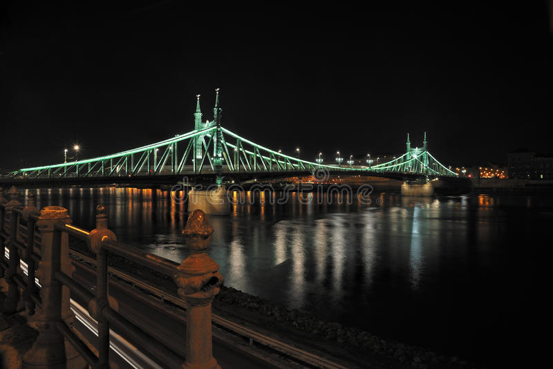 Budapest (Freiheit-Brücke) lizenzfreies stockfoto