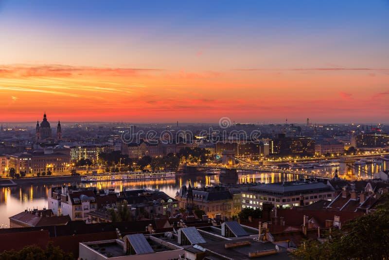 Budapest: hora do azul da manhã imagem de stock