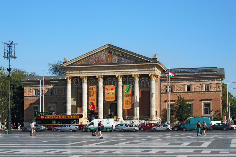 BUDAPEST, HUNGARY - AUGUST 08, 2012: The Budapest Hall of Art or Palace of Art Mucsarnok Kunsthalle. stock images
