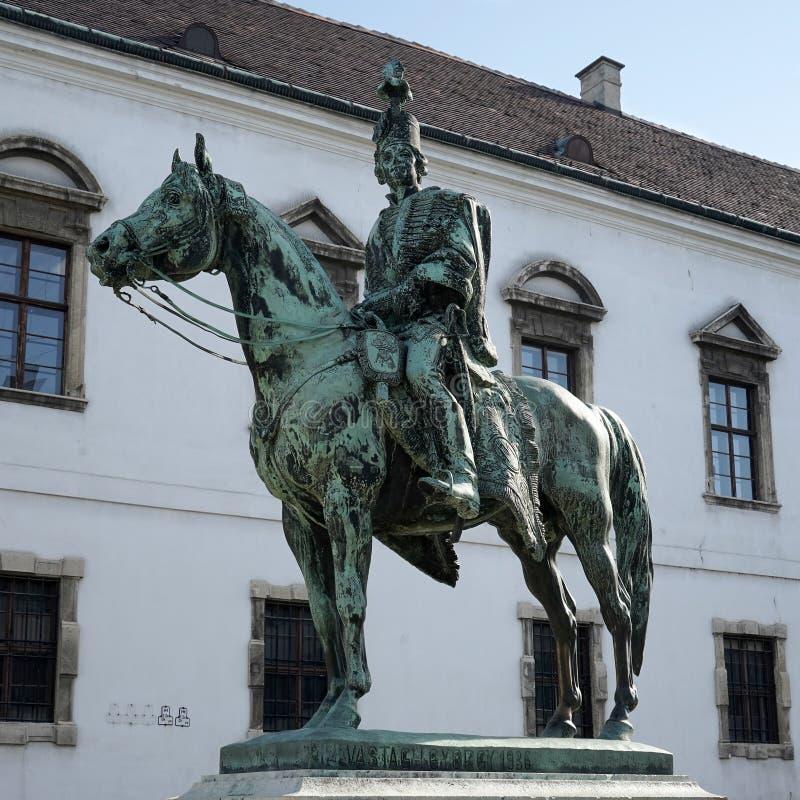 BUDAPEST HUNGARY/EUROPE - SEPTEMBER 21: Staty av Hadik Andras arkivfoto