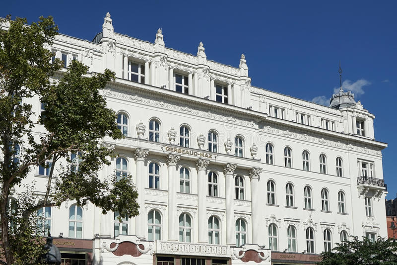 BUDAPEST, HUNGARY/EUROPE - 21 SETTEMBRE: Caffè Gerbeaud in Budap immagini stock libere da diritti