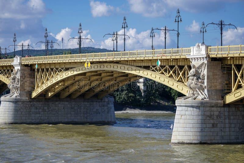 BUDAPEST, HUNGARY/EUROPE - WRZESIEŃ 21: Margaret most w pączku obrazy stock
