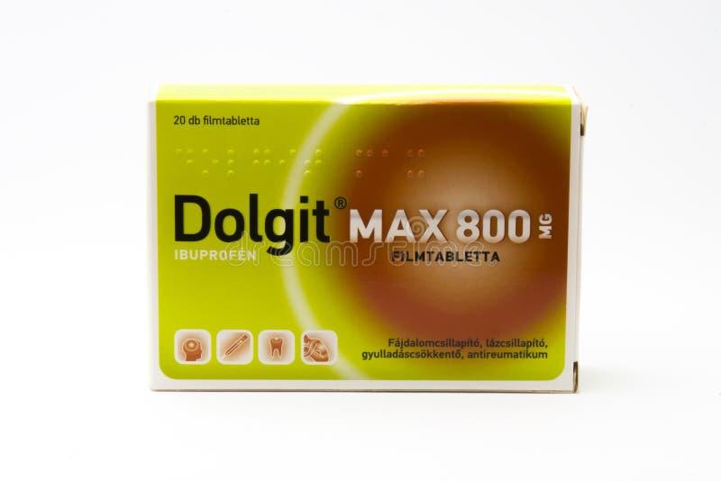 Budapest, Hungria - 10 de julho de 2018: Dru máximo de 800 analgésicos de Dolgit foto de stock