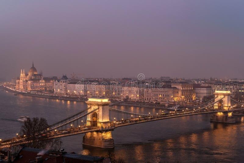 Budapest la nuit photographie stock libre de droits