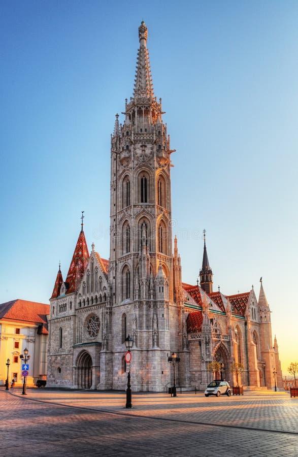 Budapest - Mathias Church på dagen royaltyfria bilder
