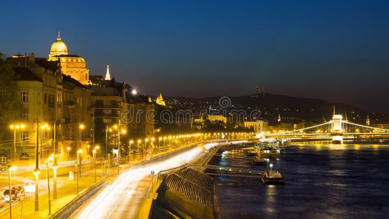 Download Budapest na noite imagem de stock. Imagem de elétrico - 26519539