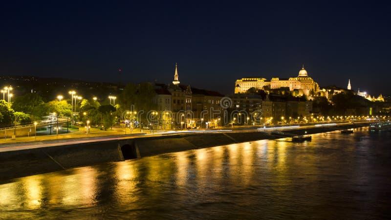 Download Budapest na noite foto de stock. Imagem de baroque, elétrico - 26519598