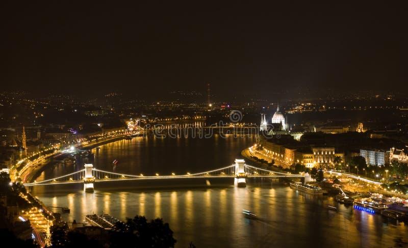 Budapest nella notte fotografia stock libera da diritti