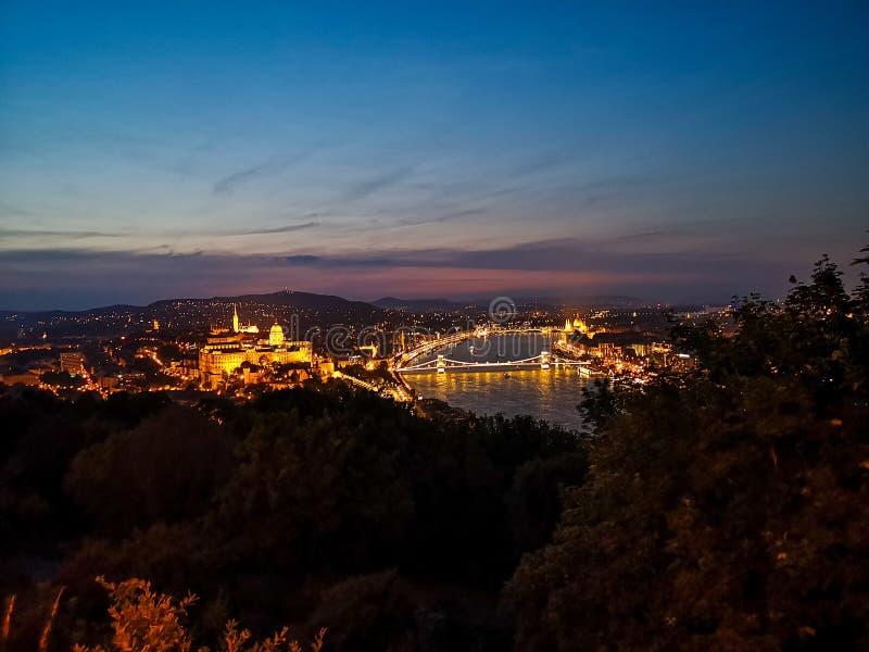Budapest noc od wierzchołka obrazy stock