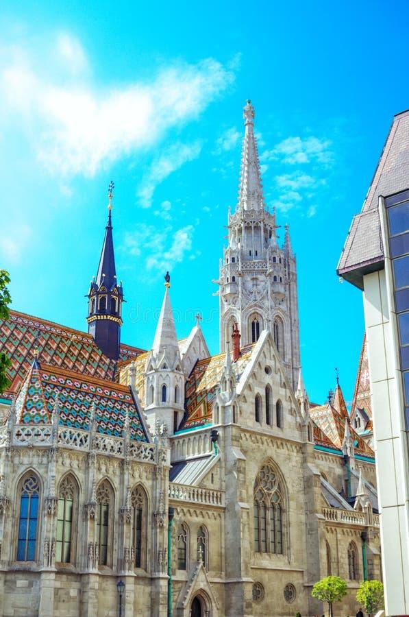 Budapest - sikt av helgonet Mathias Church arkivfoto