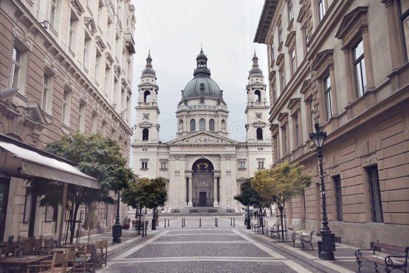Budapest - St Stephen ` s bazylika, Węgry Widok Szent Istvan fotografia royalty free