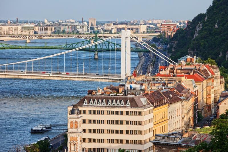 Download Budapest-Stadtbild stockfoto. Bild von block, dach, freiheit - 27735578