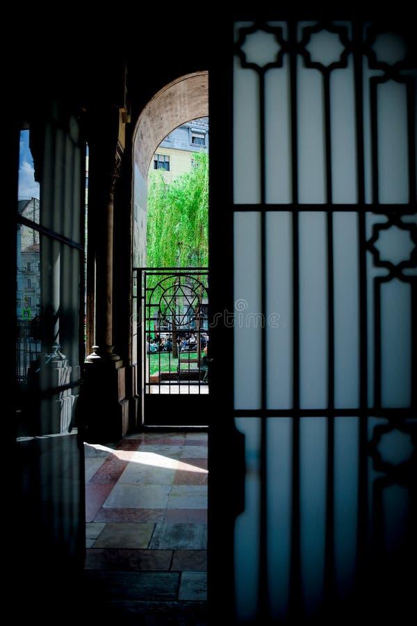 BUDAPEST, UNGARN 30. März 2017, Architekturdetails von Budapest-Synagoge, Dohany-Synagoge in Budapest, Ungarn lizenzfreie stockfotos