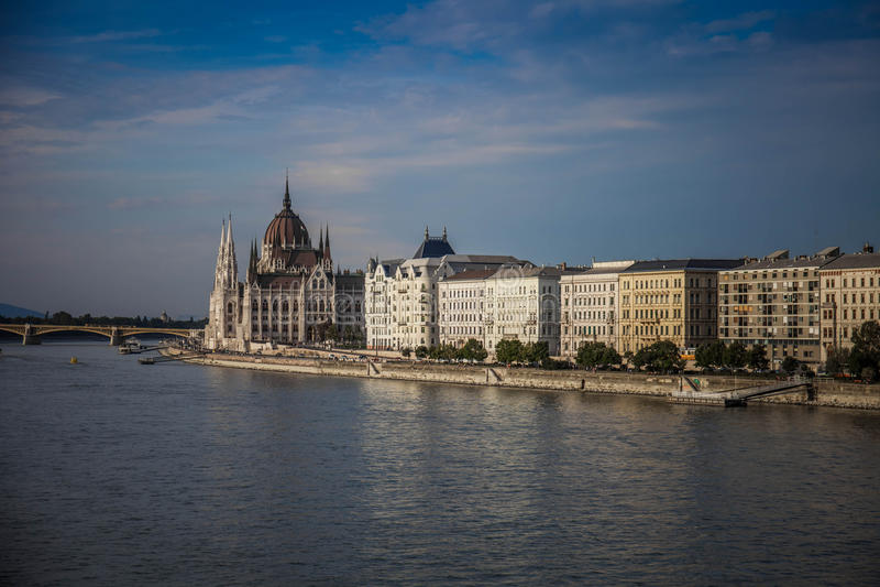 Budapest, Ungarn, Ufergegend lizenzfreie stockfotos