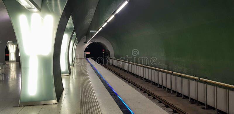 Budapest, Ungern - 2019 10 06 : Rákóczi tunnelbanestation arkivfoton