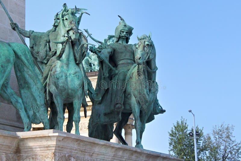 BUDAPEST, UNGHERIA - 8 AGOSTO 2012: Monumento di millennio sul quadrato del ` di eroi immagini stock libere da diritti