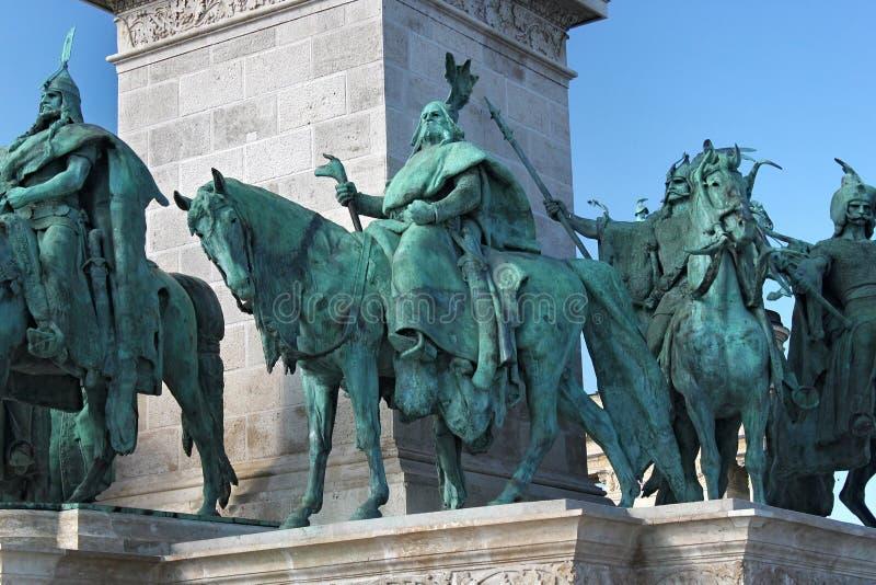 BUDAPEST, UNGHERIA - 8 AGOSTO 2012: Monumento di millennio sul quadrato del ` di eroi a Budapest, Ungheria immagine stock