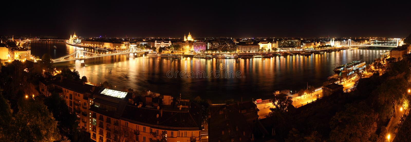 Budapest - vista panorâmico do castelo fotos de stock
