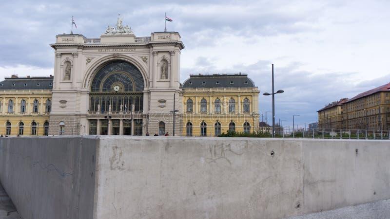Budapest, Węgry 03 15 2019 Keleti dworzec jest Budapest ruchliwie stacją kolejową zdjęcia stock