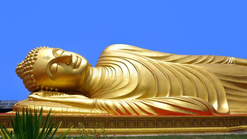 Buddha adagiantesi fotografie stock